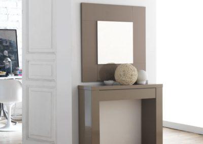 Entrada recibidor mueble espejo 768x1024
