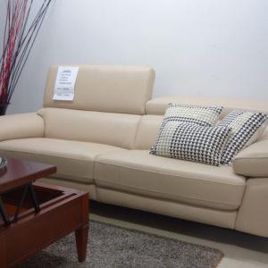 Sofa 230cm. cabezales reclinables